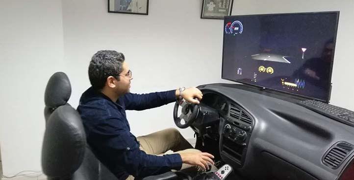 محاكاة قيادة السيارات